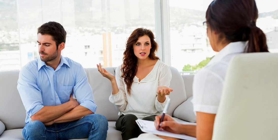 Relationship Breakdown: Smart People Do These Things before Contacting a Family Lawyer